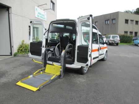 Per richiedere un qualsiasi servizio ad eccezione di quello di emergenza basta chiamare il numero della nostra sede: 0322.280117